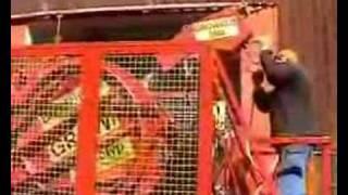 Repeat youtube video Growi-Bündelsäge mit Reinigungstrommel