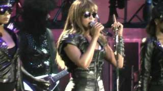 Beyoncé - Broken-Hearted Girl & If I Were A Boy Live In Athens,Greece @ O.A.K.A. 11/08/09
