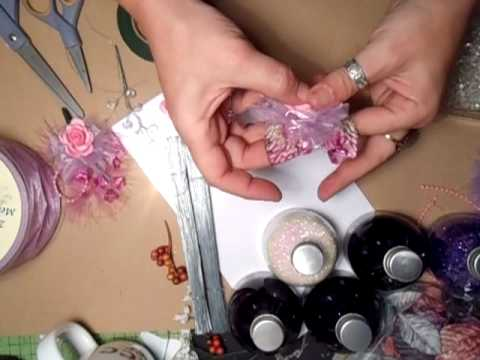 How  To Make Your Very Own Adorable Handmade Sprays - Jennings644