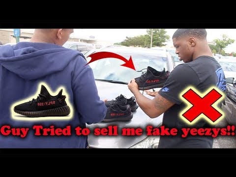 Guy tried to sell me fake yeezys !!