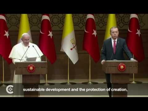 In Turkey, pope calls for end to Mideast violence