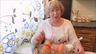 Салат из яблок, моркови и грецких орехов