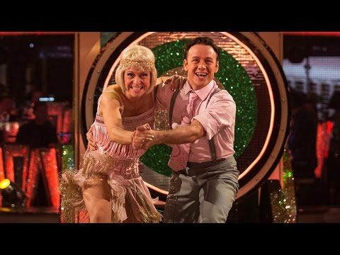 Kellie & Kevin Show Dance to 'Ding Dong Daddy of the D Car Line' - Strictly Come Dancing: 2015 - 동영상