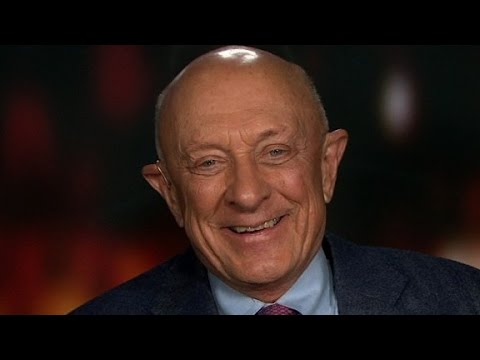 Former CIA director leaves Trump's team