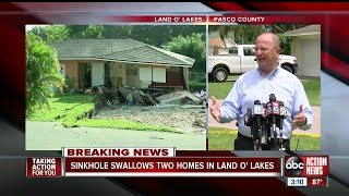 Sinkhole swallows 2 homes, continues to grow in Land O' Lakes neighborhood, nearby homes evacuated
