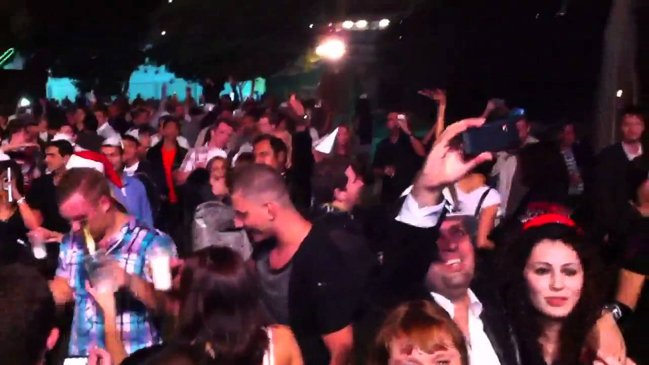 2012 new year party in irish village dubai youtube for Terrace new year party