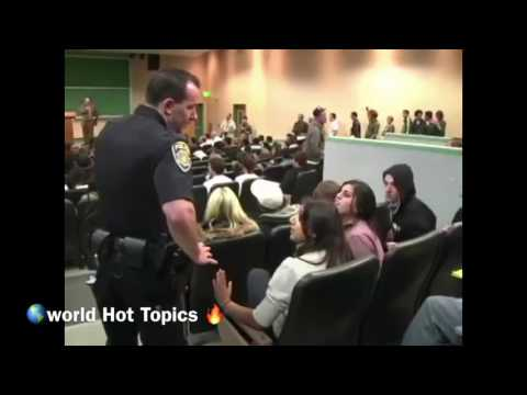Heated Debate: David Horowitz Vs Muslim Students At University Of California (Part 1)