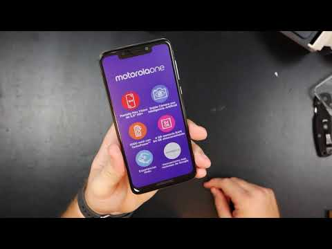 Motorola One (P30 Play) Unboxing!