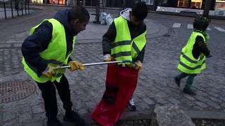 Ahmadi Muslims Clean Belgian Streets to Mark New Years Day 2019
