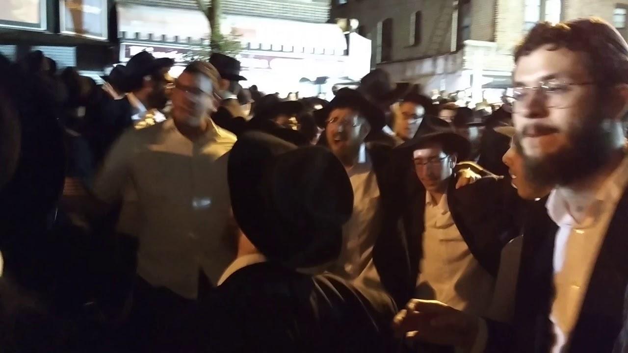 Last Few Minutes of Simchas Beis Hashoeva Dancing on Hoshana Rabbah 5779