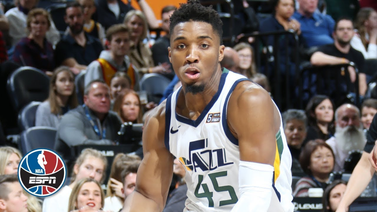 Jazz's Derrick Favors: Records double-double in loss