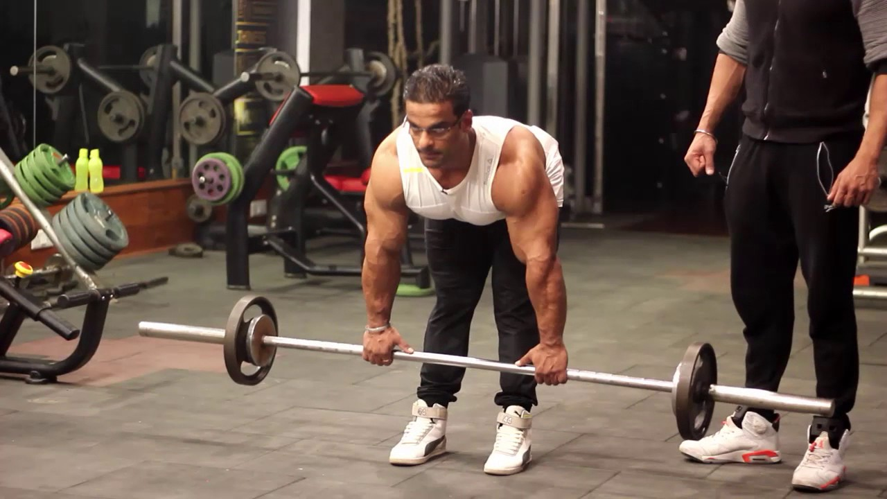 fb2993c49adb32 Correct way to deadlift - YouTube