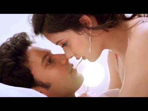 Renudesai || Ishq Wala Love Movie Theatrical Trailer || Adinath Kothare, Sulagna Panigrahi