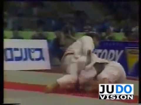 JUDO 1983 World Championships: Hidetoshi Nakanishi (JPN) - Neil Adams (GBR)