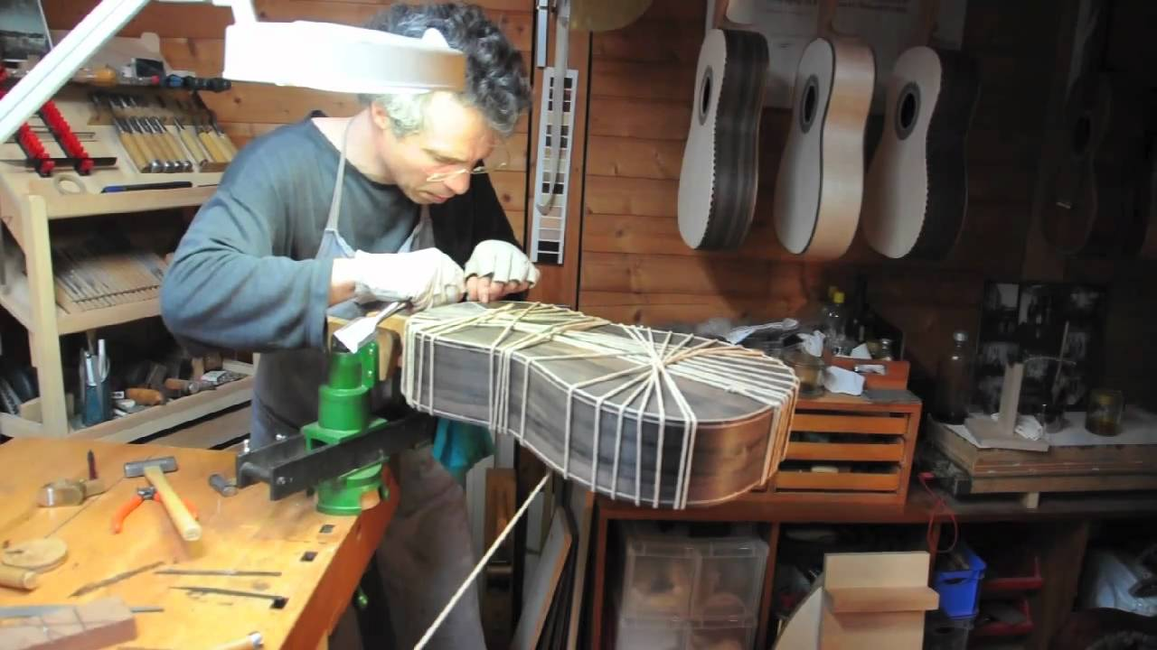 A Glimpse into the Work of the Luthier Sebastian Stenzel
