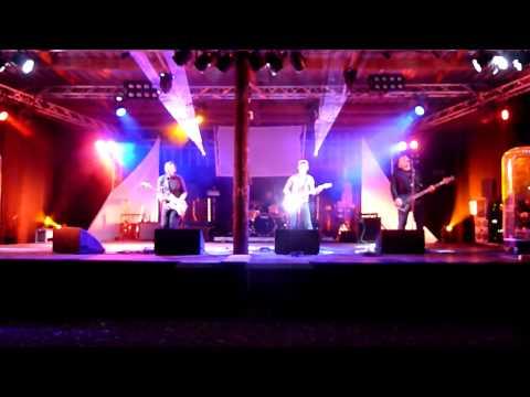 Bowfinger 'Is That All?' 11.7.15 @Daxtonbury Fest