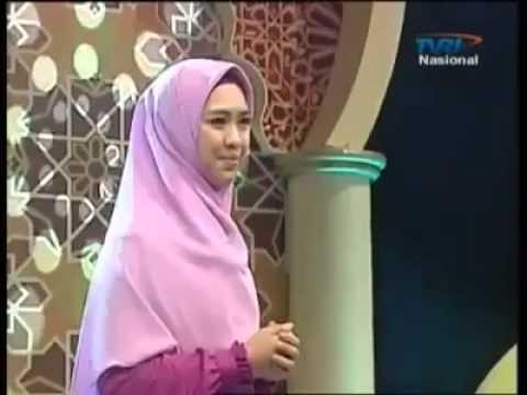 Hijab i'm in love Oki Setiana Dewi TVRI