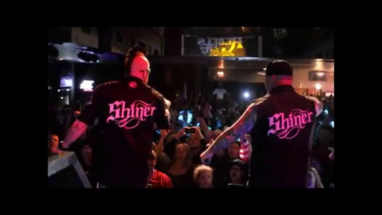 Moonshine Bandits - Rebels on the Run Tour - YouTube
