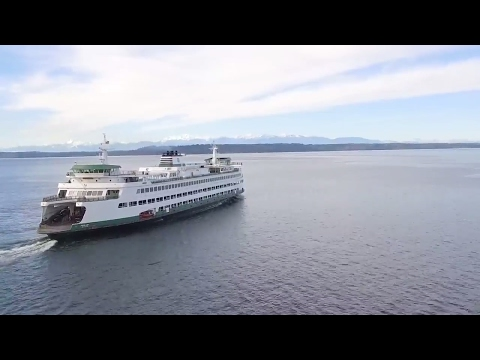 DON'T MISS THE BOAT!!!  Taking Seattle Ferries [Exploring Se