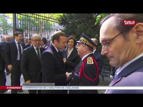 Arrivée d'Emmanuel Macron au jardin du Luxembourg