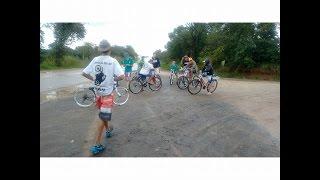 1º encontro de bike - Chuvinha pegou a gente , mais continuamos
