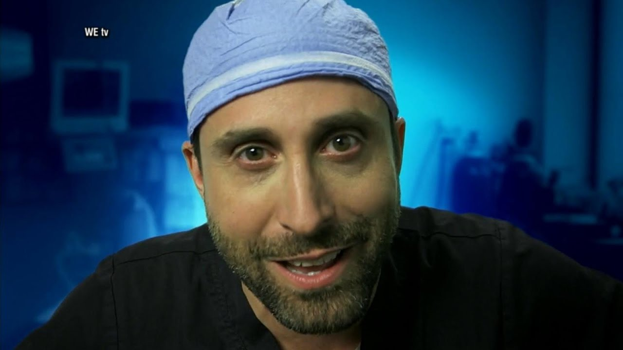 Miami plastic surgeon who films surgeries on Snapchat gets reality show    ABC News