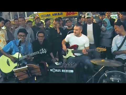 Englishman In New York - Pengamen Jogja Feat Jono