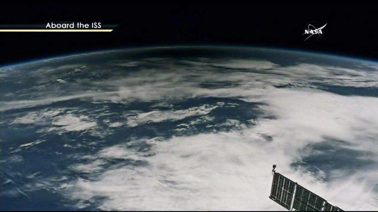 «Великое американское затмение»: вид из самолёта и с борта МКС