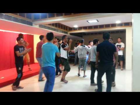 Uzbek dance performance in Mumbai, 2014 by Serdali Mirzahmetov and Jamshid Ergashev