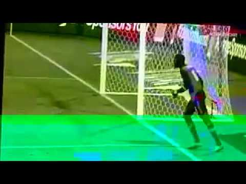 Senegal goalkeeper Khadim N'diaye wasting time in an Hilario