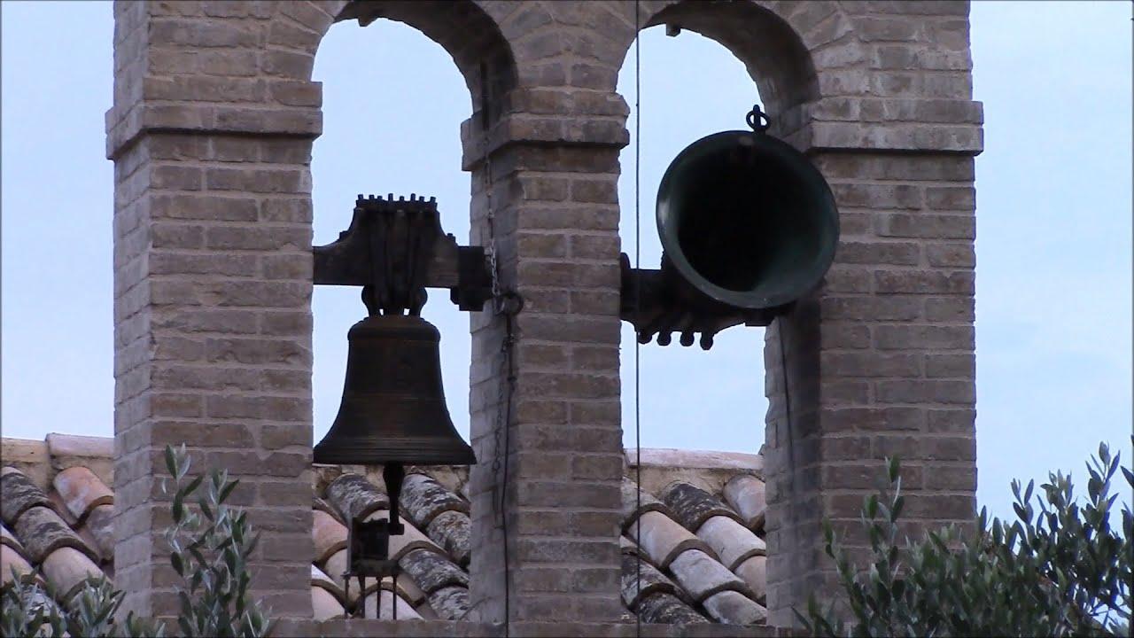 Campane Che Suonano.Campane Della Chiesa Di S Antonio Da Padova In Piaggia Di Trevi Pg V 426