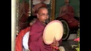 bhante Dr.n.ananda maha thero with sanath jayasuriya in puja