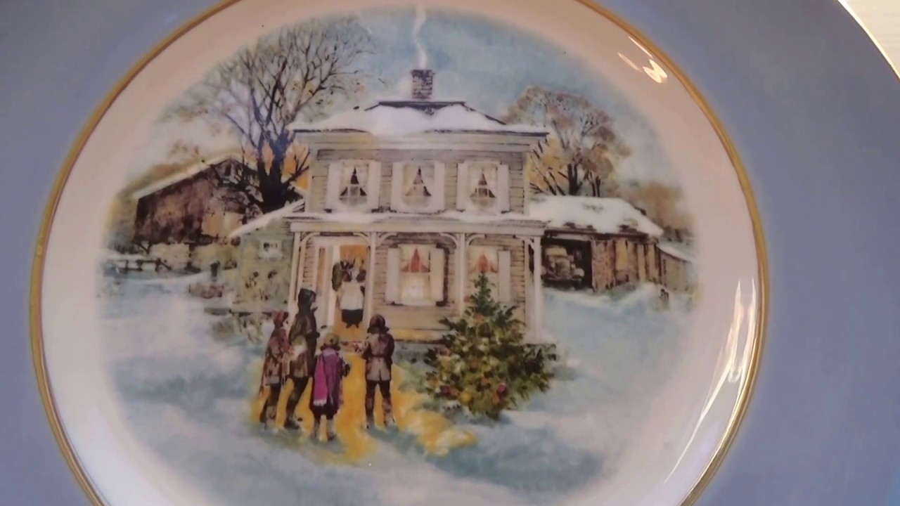 old avon decorative christmas plates