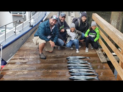 Epic Day Fishing For Salmon From The Worlds Smallest Harbor (Depoe Bay,Oregon)