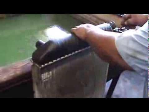 how to remove plastic radiator tank pt 1 youtube. Black Bedroom Furniture Sets. Home Design Ideas