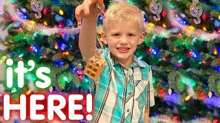 Time for Christmas!! || Mommy Monday