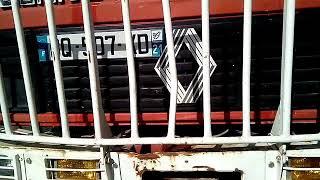 Camion de pompiers abandonné