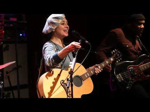 Catherine Ringer - Senior (LIVE) Le Grand Studio RTL