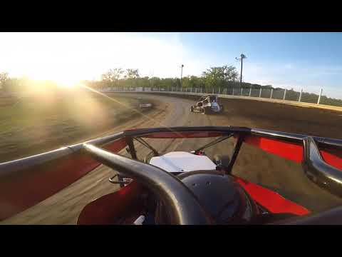 Description. - dirt track racing video image