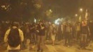 Göstericilerden Biber Gazı Oley Tezahuratı