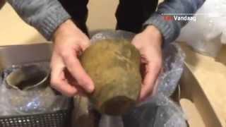 Oeps: 5000 jaar oud potje breekt