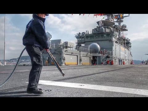 Blowdown the Flight Deck to Remove Foreign Object Debris