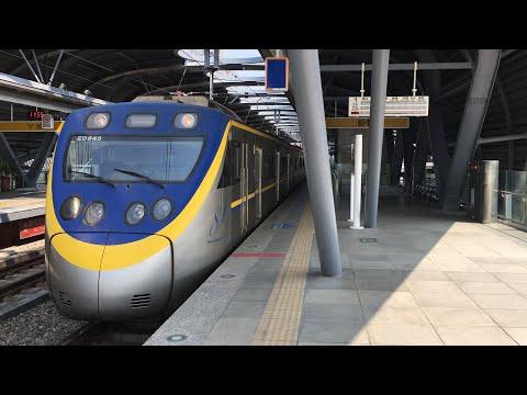 3207次區間車大慶站出站