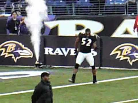 Ray lewis teaches mary j. Blige squirrel dance youtube.
