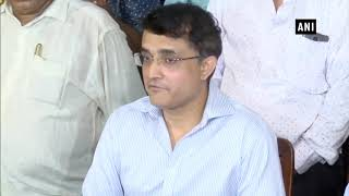 Met Amit Shah, did not discuss BCCI or politics: Sourav Ganguly | OneIndia News