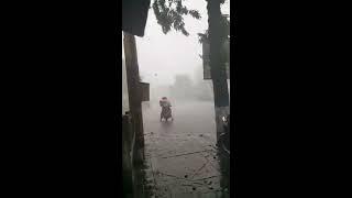 Video Puting beliung di alun-alun banjar negara download MP3, 3GP, MP4, WEBM, AVI, FLV Juli 2018