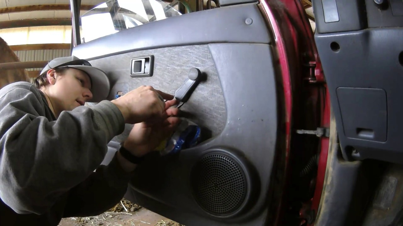 Replacing 1998 Toyota Tacoma Exterior Door Handles Youtube