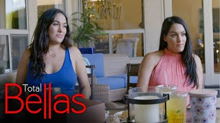 The Bellas sit down with their mom before her surgery: Total Bellas, Jan. 7, 2021