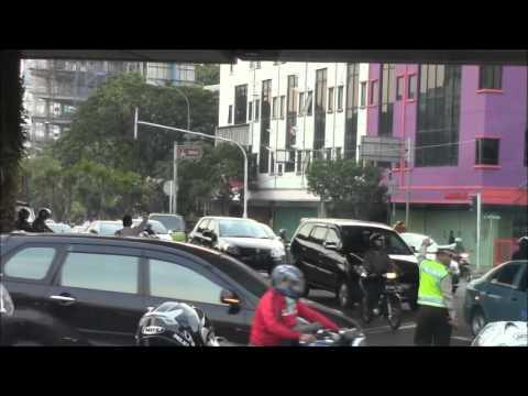 Police Vehicles in Jakarta ジャカルタの警察車両 Vehiculos de Policia en Jakarta, Indonesia