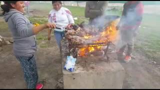 Video El mejor asado argentino Jaja (hecho por bolivianos) download MP3, 3GP, MP4, WEBM, AVI, FLV Agustus 2017